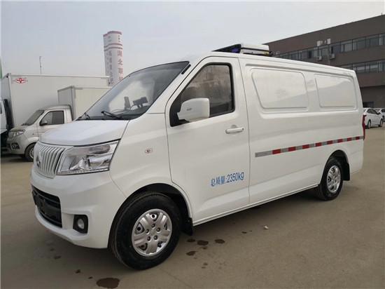 国六长安睿行M80面包冷藏车
