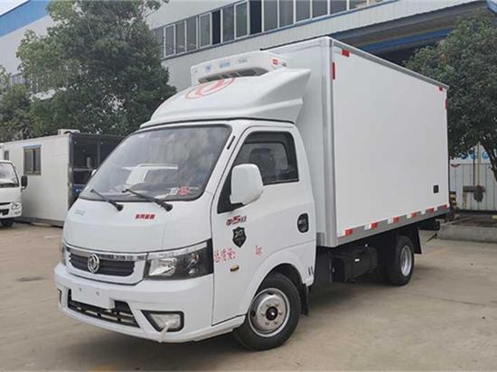 国六东风途逸3.5米冷藏车(汽油版)
