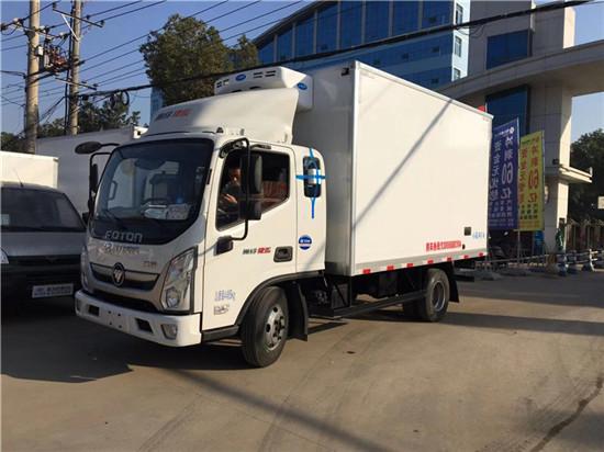 国六福田奥铃3米7排半冷藏车